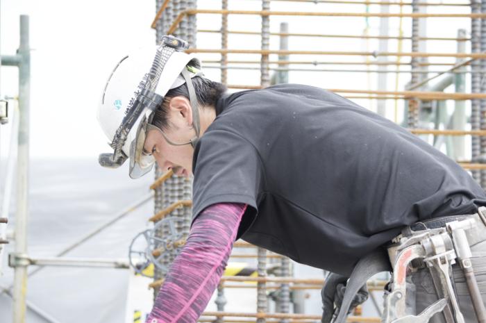 日本一の型枠解体業で働く先輩
